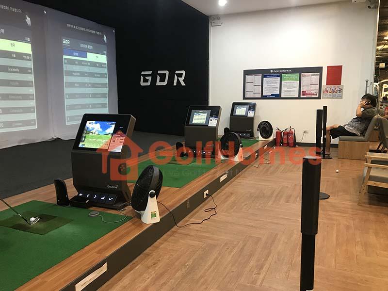 GolfHomes là một trong những đơn vị dẫn đầu về lắp đặt phòng golf 3D uy tín tại Việt Nam