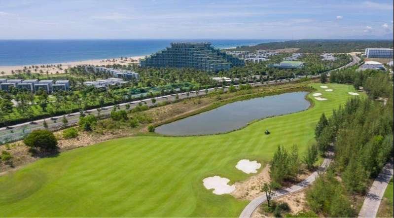 Sân golf Vinpearl Nam Hội An thuộc dạng sân links