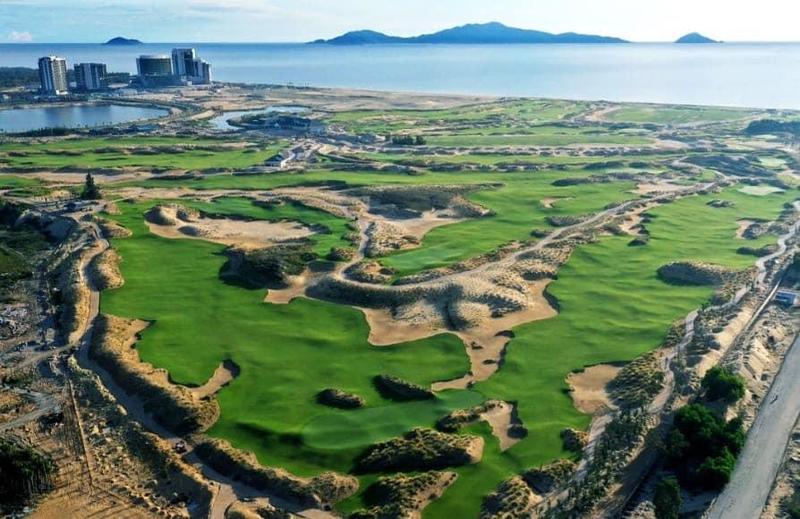 Sân golf Hoiana Shores Golf Club là sân golf tiêu chuẩn Championship đầu tiên tại Việt Nam
