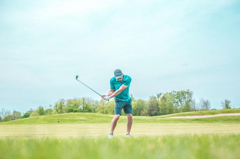 Giá thành thường đi kèm với chất lượng gậy golf