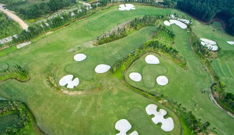 Thiết kế của Flamingo Đại Lải Golf Club mang hơi hướng của những sân golf miền biển