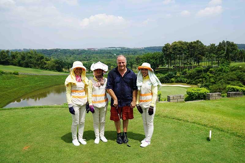 Đội ngũ caddie của sân golf được đánh giá cao