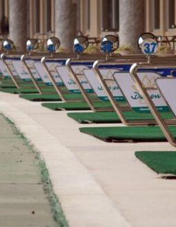 Sân golf Đảo Sen được thiết kế với 60 làn đạt chuẩn quốc tế
