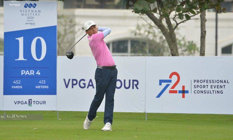 HLV Đào Văn Hoàn trên sângolf - học golf ở Hà Nội