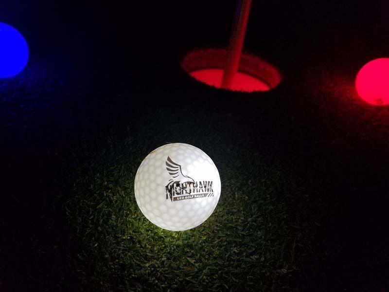 Bóng golf phát sáng Nighthawk Glow in Dark LED có khả năng phát sáng tốt nhất hiện nay