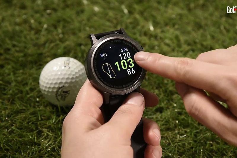 Đồng hồ Golf Buddy WTX đẹp mắt và nhiều chức năng