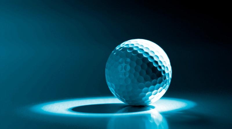 Bóng golf Titleist Pro V1 cũ với thiết kế hiện đại và ứng dụng công nghệ hoàn toàn mới