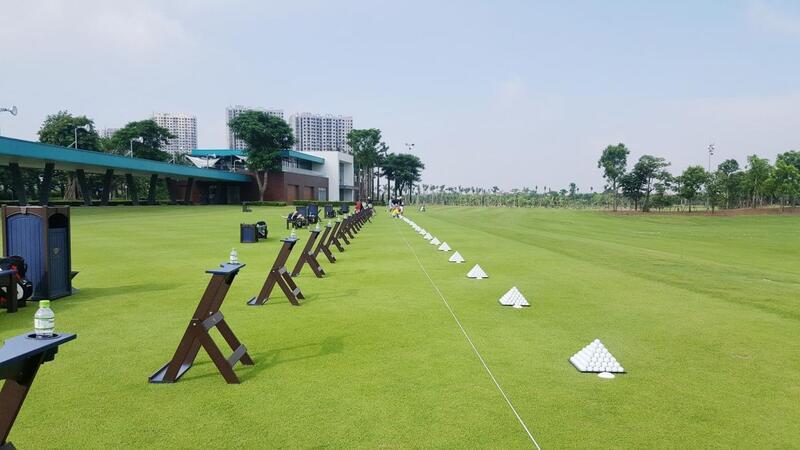 Sân tập golf Cầu Giấy được nhiều golfer yêu thích