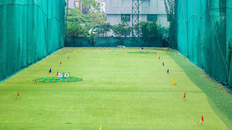 Một góc nhìn khác của sân tập golf Viettime