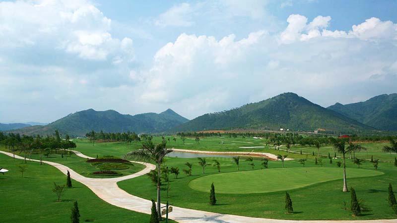 Mức giá sân golf Hà Nội Club được đánh giá hợp lý