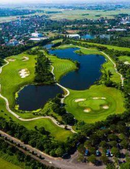 Sân golf Hà Nội Club được nhiều người yêu thích