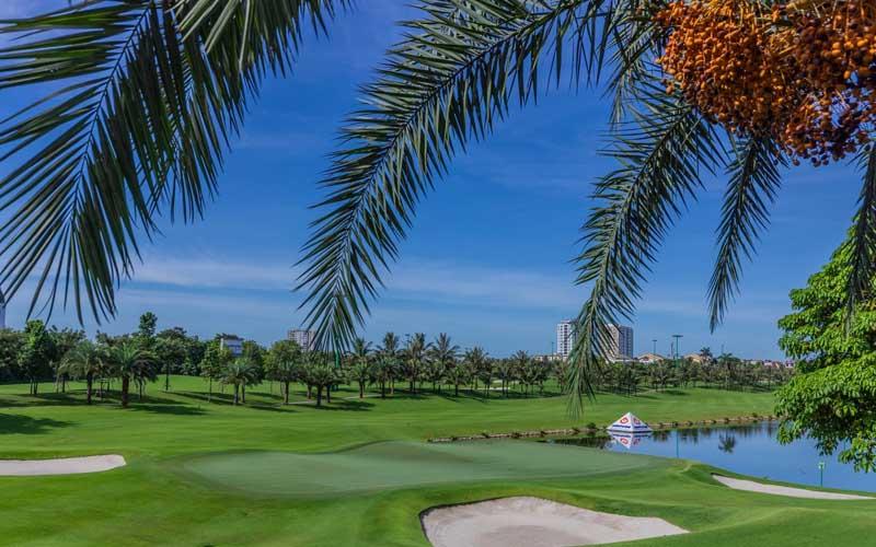 Sân golf Vinpearl Hà Nội đẹp nao lòng người