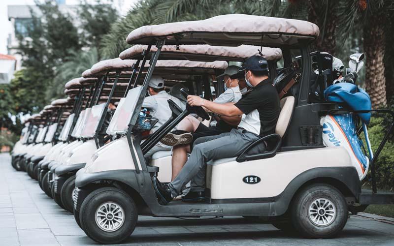 Hệ thống xe điện phục vụ golfer