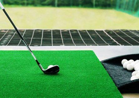 Thảm tập golf cũ không cần quá mới, nhưng tình trạng sử dụng phải tốt