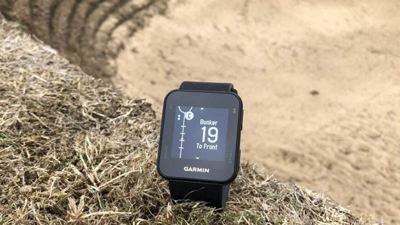 Vòng đeo tay Garmin tích hợp nhiều tính năng hiện đại với công nghệ tiên tiến
