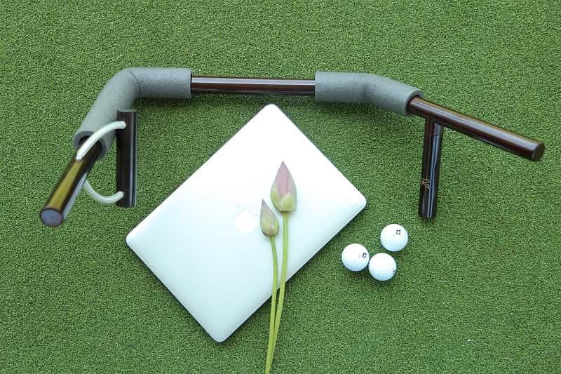 Dụng cụ này thường thích hợp với nữ golfer – những người có lực cánh tay yếu