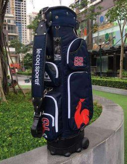 Túi gậy golf Le Coq Sportif được mọi golfer ưa chuộng vì thiết kế ấn tượng