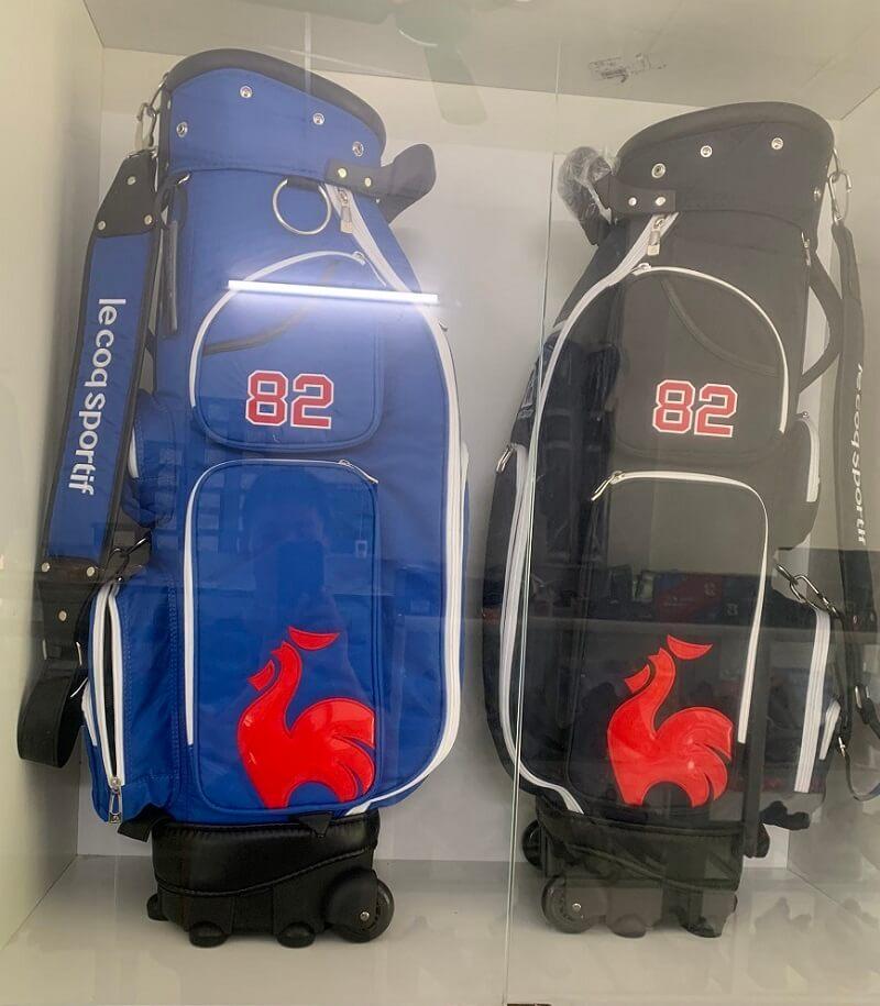 Trên thị trường, túi đựng gậy gôn hãng Le Coq Sportif là dòng sản phẩm có mức giá tầm trung