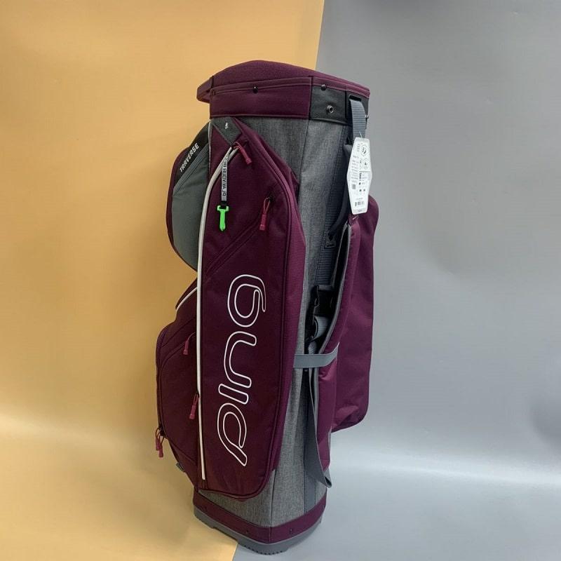 Túi BAG 34149110 có kiểu dáng mạnh mẽ phù hợp với các nam gôn thủ