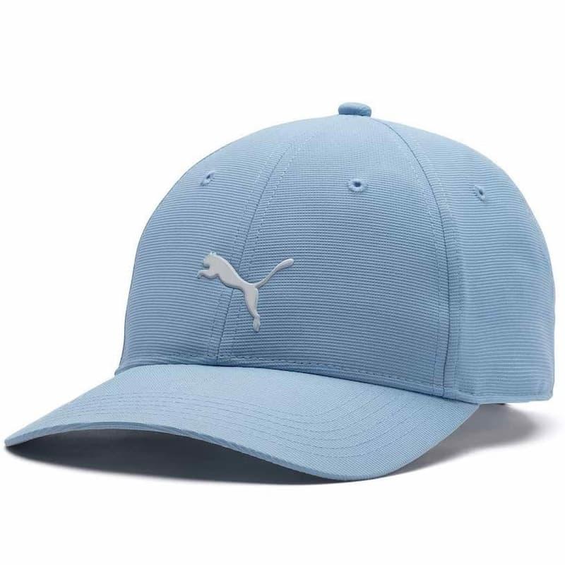 màu sắc và kích thước mũ là điểm khiến đa số golfer ấn tượng.