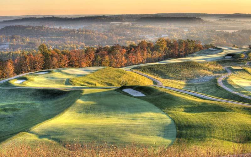 Sân golf French Lick Resort đẹp ảo diệu như trong cõi thần tiên