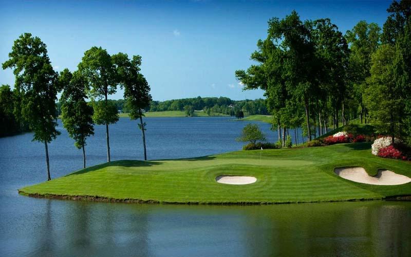 Sân golf xanh mát tại Hoa Kỳ là một trong những sân golf dài nhất thế giới