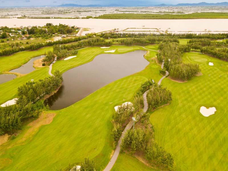 Cảnh quan tại sân golf đẹp mê hoặc lòng người