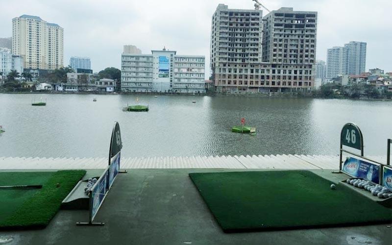 Sân tập golf Lê Văn Lương là điểm đến được nhiều golfer yêu thích