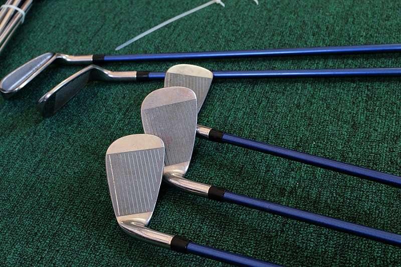 Sử dụng gậy gôn cũ giúp tiết kiệm nhiều chi phí, và tạo điều kiện trải nghiệm nhiều bộ gậy cho golfer