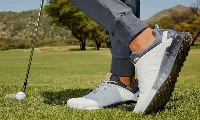 Giày golf cũ Ecco có chất lượng như mới được sản xuất từ chất liệu hàng đầu và ứng dụng công nghệ sản xuất hiện đại