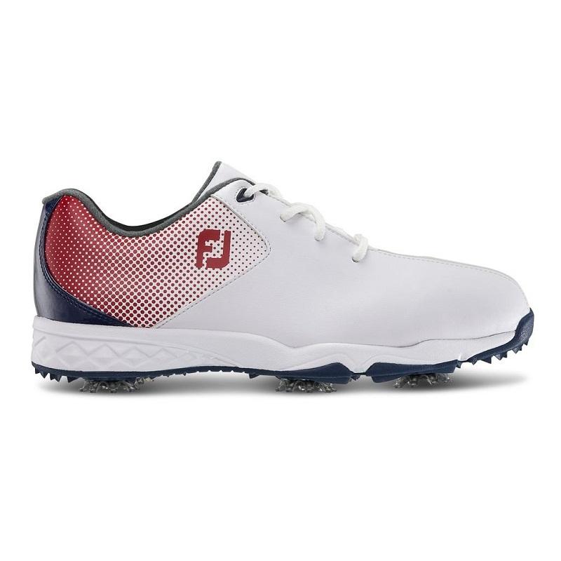 Đây là đôi giày có thể sử dụng trong mọi điều kiện thời tiết và địa hình