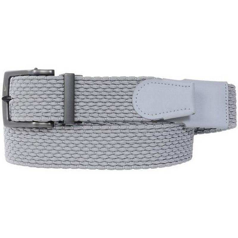 Thắt lưng Nike Stretch Wovenđược thiết kế khá ấn tượng với màu sắc đơn giản